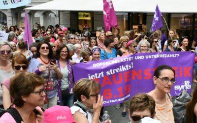 Frauen streiken für die Gleichstellung
